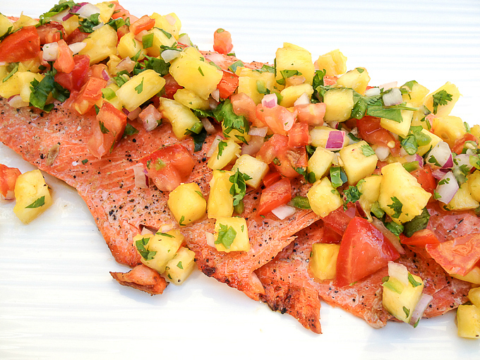 Grilled Salmon with Pineapple Jalapeño Salsa - I'm Bored, Let's Go...